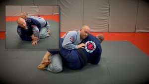 Sit up to attack for kimura