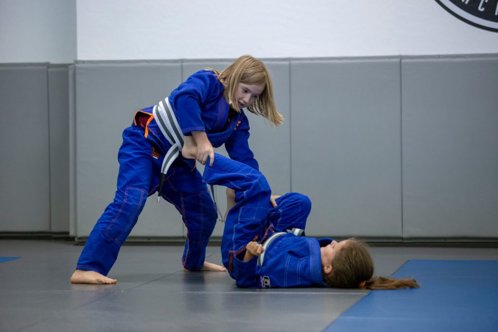 Jiu Jitsu students practicing